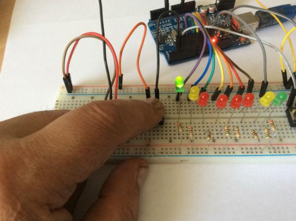 ris-1-pravilnyj-montazh-detalej-igry-na-ping-pong-na-arduino
